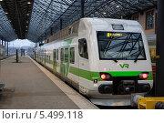 Пригородный поезд (2014 год). Редакционное фото, фотограф Александр Хорхордин / Фотобанк Лори