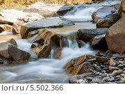 Купить «Пороги на горной реке», фото № 5502366, снято 22 апреля 2013 г. (c) Владимир Пойлов / Фотобанк Лори
