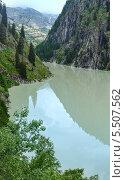 Озеро в горном каньоне, Альпы, Швейцария. Стоковое фото, фотограф Юрий Брыкайло / Фотобанк Лори