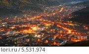 Вид Горно-Алтайска вечером с горы Тугая. Стоковое фото, фотограф Павел Зубакин / Фотобанк Лори