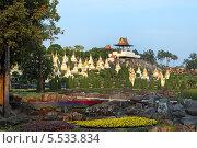 Купить «Тропический парк Нонг Нуч (англ. Nong Nooch Tropical Garden)», фото № 5533834, снято 27 декабря 2013 г. (c) Григорий Писоцкий / Фотобанк Лори