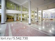 Купить «Холл в здании федеральной службы статистики России, Москва», фото № 5542730, снято 27 ноября 2012 г. (c) Losevsky Pavel / Фотобанк Лори