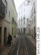 Квартал Алфама в Лиссабоне (2012 год). Стоковое фото, фотограф Дмитрий Булатов / Фотобанк Лори