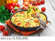 Купить «Омлет с овощами и сыром. Фриттата», фото № 5556890, снято 4 февраля 2014 г. (c) Надежда Мишкова / Фотобанк Лори