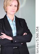 блондинка в деловом костюме. Стоковое фото, фотограф Phovoir Images / Фотобанк Лори
