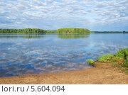 Утро на озере Вселуг, Тверская область. Стоковое фото, фотограф Елена Коромыслова / Фотобанк Лори