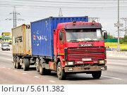Купить «Грузовик Scania R360», фото № 5611382, снято 2 июня 2012 г. (c) Art Konovalov / Фотобанк Лори