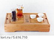 Предметы для классической чайной церемонии на три персоны (2011 год). Редакционное фото, фотограф Ilya Tikhanovsky / Фотобанк Лори
