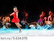 Купить «Юная фигуристка на льду среди цветных разводов», фото № 5634070, снято 17 января 2013 г. (c) Sergey Nivens / Фотобанк Лори