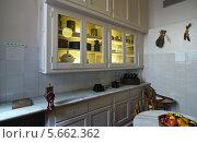 Кухня в квартире Дома Мила. Барселона (2013 год). Редакционное фото, фотограф Сергей Якуничев / Фотобанк Лори
