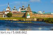 Соловецкий Спасо-Преображенский монастырь (2013 год). Редакционное фото, фотограф ИВА Афонская / Фотобанк Лори