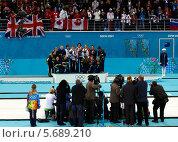 Купить «Награждение медалистов. Керлинг. Сочи. Олимпийские игры 2014», фото № 5689210, снято 22 февраля 2014 г. (c) Корчагина Полина / Фотобанк Лори