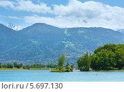 Купить «Озеро Пасси и горный массив Монблан летом. Шамони. Франция», фото № 5697130, снято 9 июня 2012 г. (c) Юрий Брыкайло / Фотобанк Лори