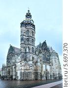 Купить «Собор Святой Елизаветы (Кошице, Словакия)», фото № 5697370, снято 21 сентября 2013 г. (c) Юрий Брыкайло / Фотобанк Лори