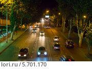 Купить «Ночное движение автомобилей по правой набережной реки Мтквари. Тбилиси. Грузия», фото № 5701170, снято 4 июля 2013 г. (c) Евгений Ткачёв / Фотобанк Лори