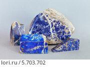 Купить «Природный минерал лазурит, или ляпис-лазурь», эксклюзивное фото № 5703702, снято 13 марта 2014 г. (c) Виктория Катьянова / Фотобанк Лори