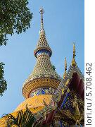 Купить «Королевский монастырь Ват Чай Монгкон в Паттайе, Таиланд», фото № 5708462, снято 7 декабря 2012 г. (c) Александр Фрейдин / Фотобанк Лори