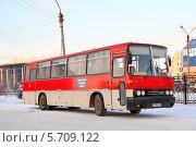 Купить «Автобус Ikarus 256», фото № 5709122, снято 22 октября 2012 г. (c) Art Konovalov / Фотобанк Лори