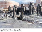 Купить «Металлический макет архитектурного ансамбля парка Царицыно. Город Москва», эксклюзивное фото № 5712226, снято 13 марта 2014 г. (c) Сергей Лаврентьев / Фотобанк Лори