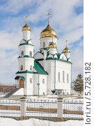 Храм Спиридона Тримифунтского. Стоковое фото, фотограф Олег Климов / Фотобанк Лори