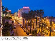 Ночной пейзаж в Сан-Ремо (2013 год). Редакционное фото, фотограф Светлана Пальцева / Фотобанк Лори