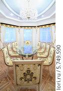 Купить «Интерьер роскошной столовой в классическом стиле», фото № 5749590, снято 16 января 2013 г. (c) Losevsky Pavel / Фотобанк Лори