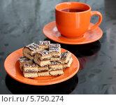 Чай и пряники с начинкой. Стоковое фото, фотограф Екатерина Караваева / Фотобанк Лори