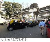 Транспорт Мумбая (2012 год). Редакционное фото, фотограф Вячеслав Строганов / Фотобанк Лори