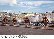 Купить «Болотная набережная. Москва», фото № 5779686, снято 20 мая 2012 г. (c) Наталья Волкова / Фотобанк Лори