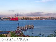 Купить «Кольский залив. Порт Мурманск», фото № 5779802, снято 18 июня 2011 г. (c) Андрей Соловьев / Фотобанк Лори