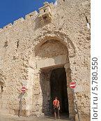 Купить «Израиль, Иерусалим. Стена Аббатства Дормицион на горе Сион», фото № 5780550, снято 9 октября 2012 г. (c) Ирина Борсученко / Фотобанк Лори