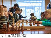 Купить «Шахматная партия. Турнир по шахматам среди дошкольников. Санкт-Петербург», фото № 5788462, снято 24 марта 2014 г. (c) Кекяляйнен Андрей / Фотобанк Лори