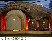 Купить «Печь для плавления стекла в Мурано, Италия», фото № 5804210, снято 27 июня 2012 г. (c) Serg Zastavkin / Фотобанк Лори