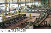 Купить «Интерьер металлургического завода», видеоролик № 5840058, снято 24 апреля 2014 г. (c) Кекяляйнен Андрей / Фотобанк Лори