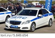 Современный автомобиль ДПС (2014 год). Редакционное фото, фотограф Данила Васильев / Фотобанк Лори