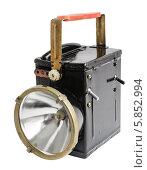 Старомодный ручной электрический фонарь в выключенном состоянии. Стоковое фото, фотограф Сергей Огарёв / Фотобанк Лори