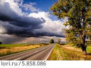 Купить «Лето уходит, осень приходит», фото № 5858086, снято 3 сентября 2011 г. (c) Устенко Владимир Александрович / Фотобанк Лори