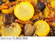 Купить «Приготовленная смесь из овощей», фото № 5860966, снято 26 апреля 2014 г. (c) Румянцева Наталия / Фотобанк Лори