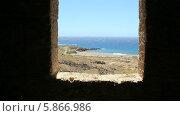 Купить «Деревня-призрак Абадес на юге острова Тенерифе, вид из окна заброшенного лепрозория», видеоролик № 5866986, снято 3 мая 2014 г. (c) Roman Likhov / Фотобанк Лори