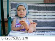 Детские ножки. Стоковое фото, фотограф Евдокимова Ольга / Фотобанк Лори