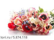 Купить «Букет весенних цветов», фото № 5874118, снято 26 апреля 2014 г. (c) Peredniankina / Фотобанк Лори