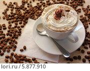Кофе со взбитыми сливками. Стоковое фото, фотограф Анастасия Кунденкова / Фотобанк Лори