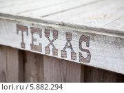 """Купить «Надпись на английском языке """"Texas"""" на деревянных досках», фото № 5882294, снято 13 апреля 2014 г. (c) Кекяляйнен Андрей / Фотобанк Лори"""