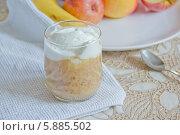 Фруктовый десерт. Стоковое фото, фотограф Nadyan / Фотобанк Лори