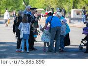 Купить «День Победы в Москве», фото № 5885890, снято 9 мая 2014 г. (c) Okssi / Фотобанк Лори