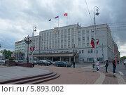 Купить «Здание мэрии на городской площади. Калининград», эксклюзивное фото № 5893002, снято 11 мая 2014 г. (c) Svet / Фотобанк Лори