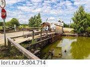 Понтонный мост (2013 год). Редакционное фото, фотограф Сизов Сергей / Фотобанк Лори