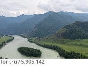 Купить «Река Катунь», фото № 5905142, снято 19 августа 2013 г. (c) Александр Самолетов / Фотобанк Лори