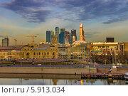 Купить «Площадь Европы, Москва», фото № 5913034, снято 23 марта 2014 г. (c) Алексей Назаров / Фотобанк Лори