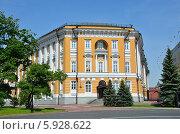 Купить «Здание Сената в Московском Кремле», фото № 5928622, снято 19 мая 2014 г. (c) Овчинникова Ирина / Фотобанк Лори